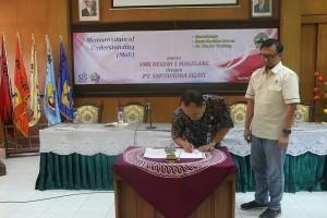 MOU PT SIS dengan SMK Negeri 1 Magelang